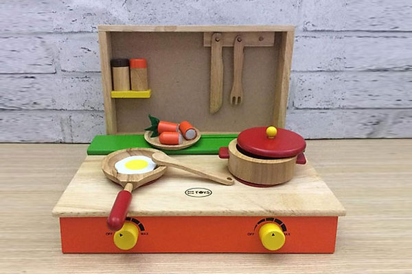Bộ đồ chơi nấu ăn bằng gỗ Winwintoys