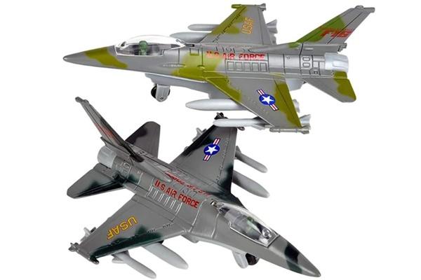 Bộ đôi máy bay chiến đấy F-16 với thiết kế tinh tế, đẹp mắt