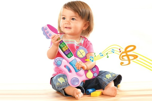 Đồ chơi âm nhạc giúp bé tăng cường khả năng tập trung, ghi nhớ