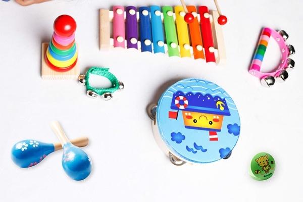 Bộ đồ chơi âm nhạc Childom đa chất liệu
