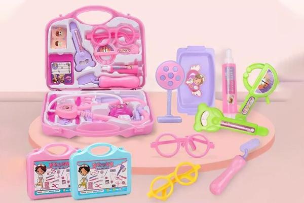 Đồ chơi vali cho bé học làm bác sĩ với đầy đủ thiết bị