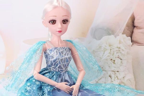 Đồ chơi búp bê công chúa Elsa
