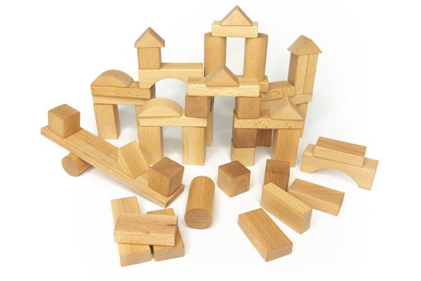 Đồ chơi bằng gỗ vần là lựa chọn hàng đầu của nhiều bà mẹ