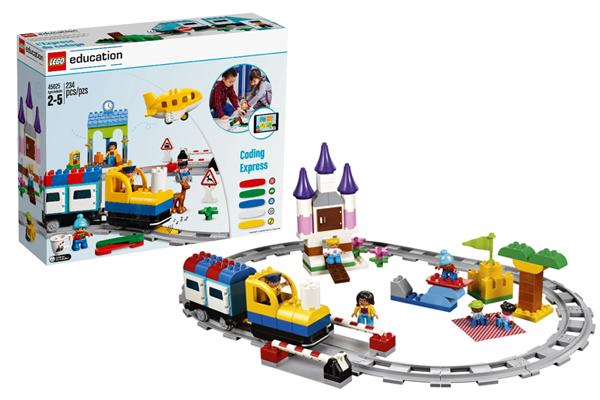 Đoàn tàu lập trình Lego Education với nhiều chi tiết màu sắc bắt mắt