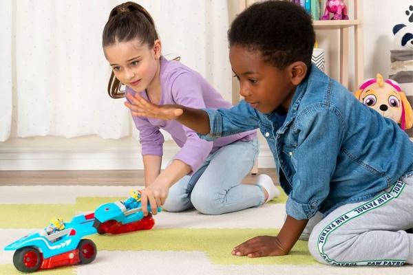 Bộ đồ chơi đội chó cứu hộ giúp bé vừa vui chơi vừa học hỏi được nhiều điều