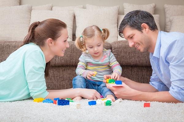 Bộ đồ chơi giúp gắn kết tình cảm gia đình giữ bố mẹ và con cái