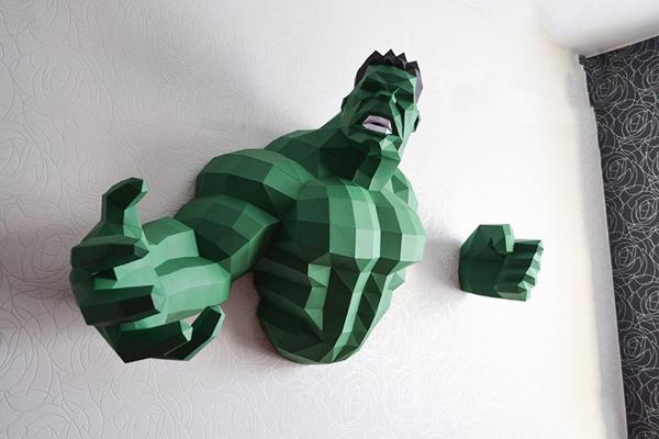 Mô hình khổng lồ xanh Hulk bằng giấy 3D Papercraft