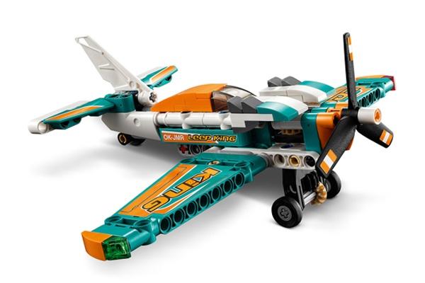 Phi cơ đua Lego Technic với thiết độc đáo, màu sắc bắt mắt