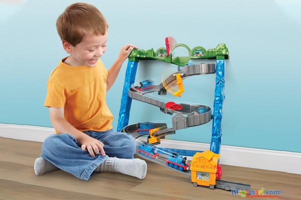 Bộ đồ chơi tàu hỏa phù hợp với những bé trong độ tuổi 1-6 tuổi