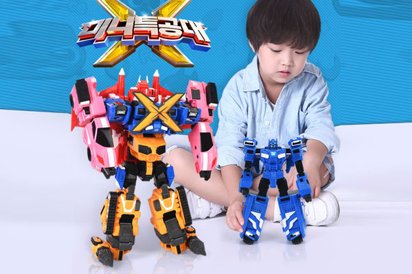 Hầu như tất cả các bé trai đều thích đồ chơi robot